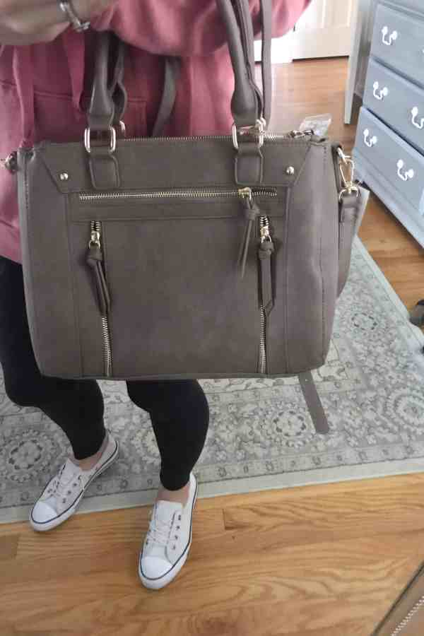 Inexpensive fall handbags #vegan #marshallsfinds #fallstyle