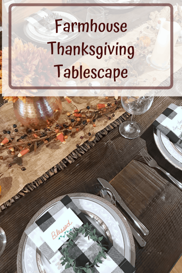 Rustic Farmhouse Thanksgiving Table Decor #centerpiece #buffalocheck #tablesetting
