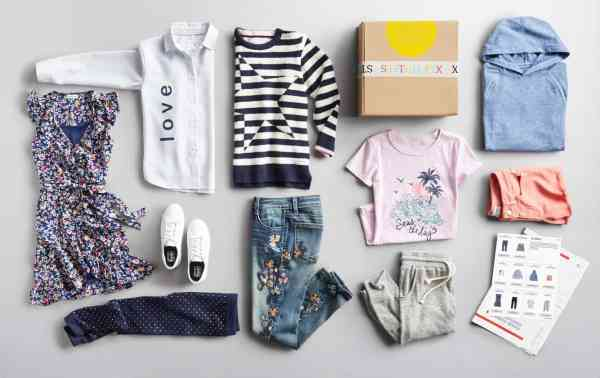 Awesome Gift Ideas for Tween Girls #christmas #clothing #uniquegifts