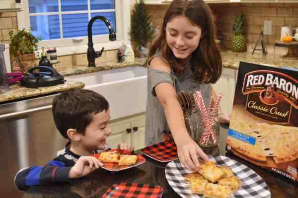 Budget friendly meal ideas for feeding guests #entertaining #kidfriendly #easy