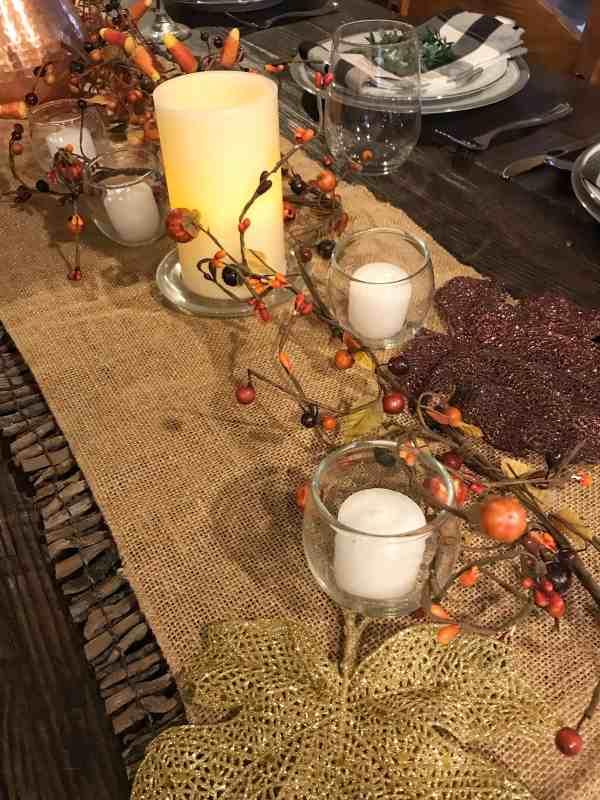Farmhouse Thanksgiving Tablescape #thanksgivingcenterpiece #tablesetting #thanksgivingdecor