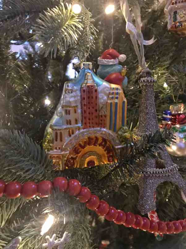 My daughter gets an Eiffel Tower Ornament every Christmas #keepsakeornaments #christmasornaments #christmastraditions