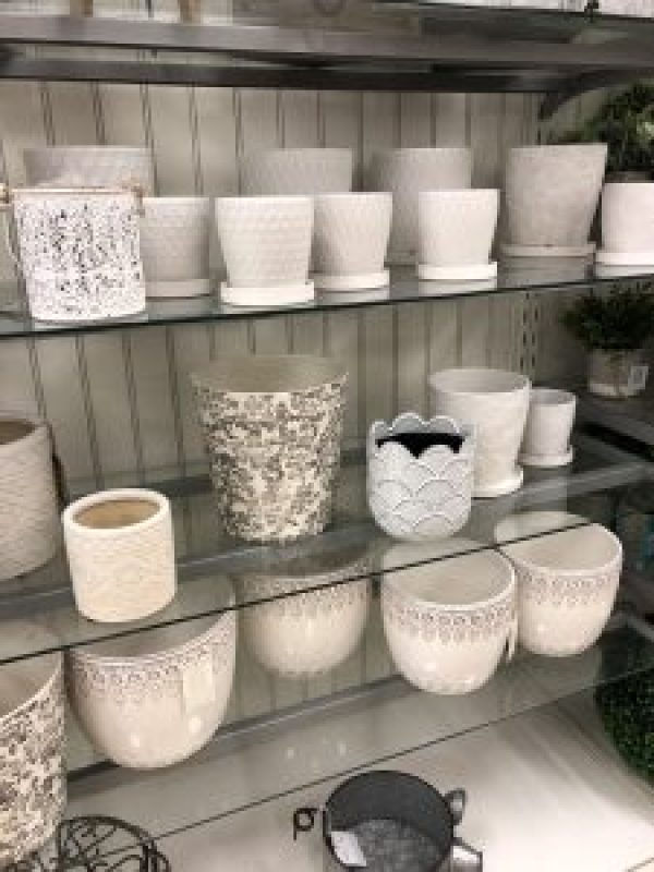 Spring home decor finds at Marshalls #marshallsfinds #homedecor #farmhousestyle