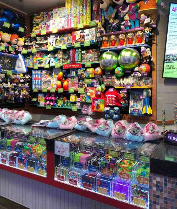 Attractions at Chuck E. Cheese's North Olmsted #sponsored #games #whattodo