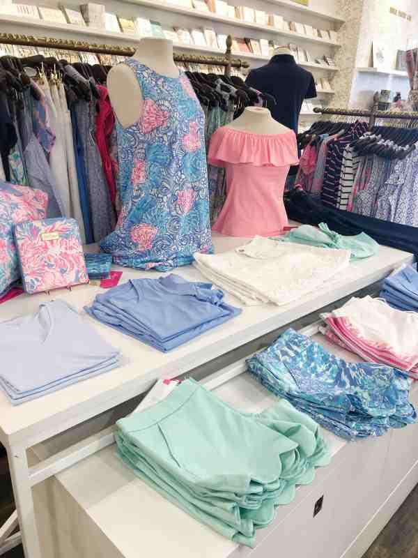 Lilly Pulitzer Summer 2019 #style #fashionshow #resortwear