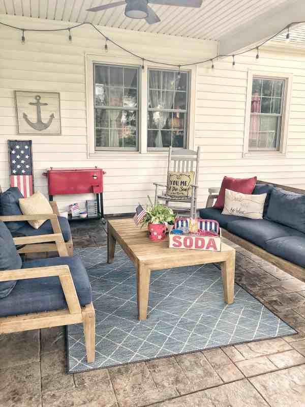 Outdoor covered patio decor ideas #backyard #diy #porches