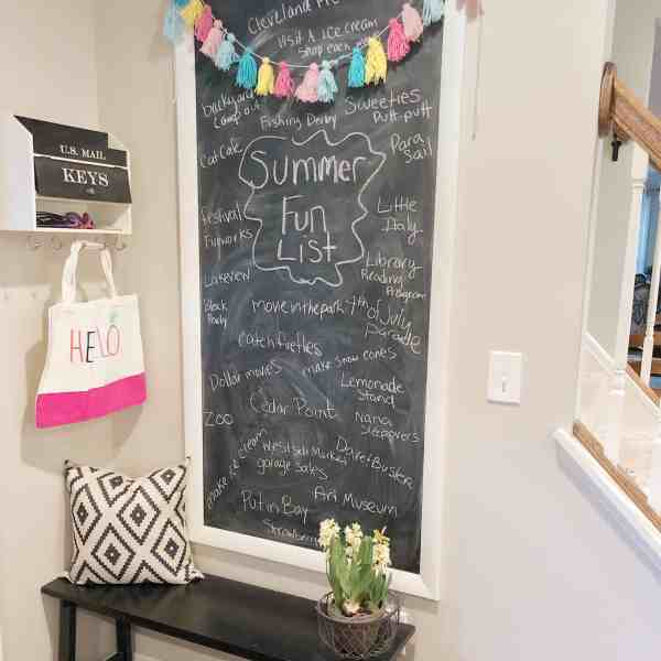 Summer Fun List Chalkboard #summerdecor #chalkboardart