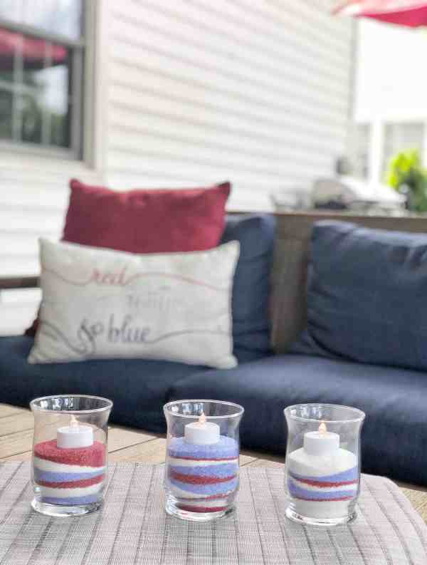 Patriotic 4th of July DIY decor #dollarstore #centerpiece #easy #inexpensive #homemade #july4th