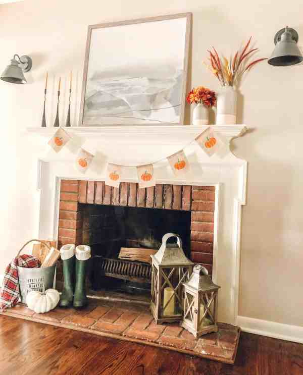 Fall Mantle Decor #diy #pumpkin #farmhouse