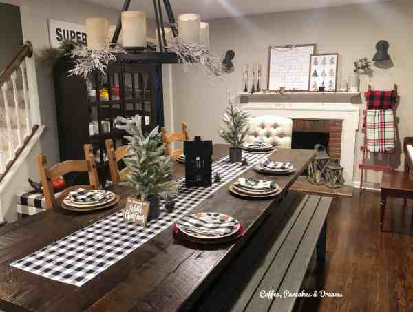 Farmhouse Cozy Christmas Tour