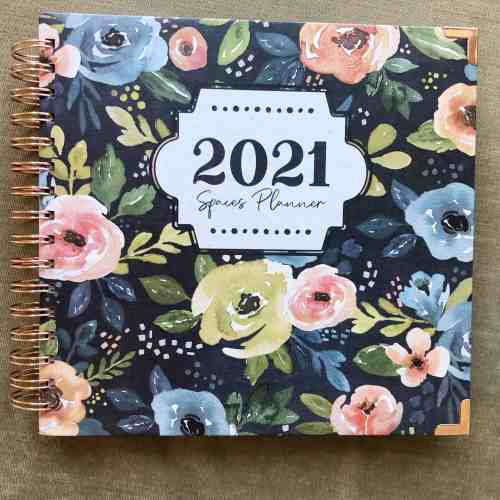 Day Planner for Busy Moms #spacesplanner #2021 #weeklylayout