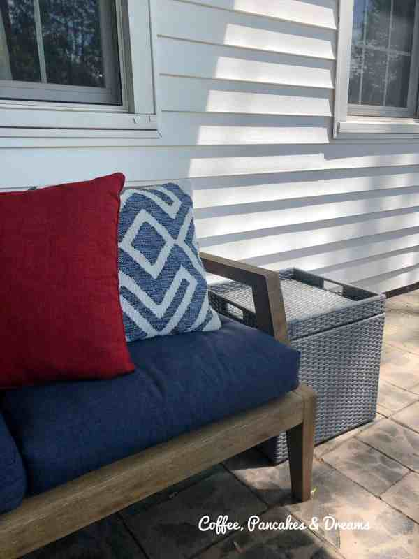Outdoor Side Wicker Weave Table with Tray