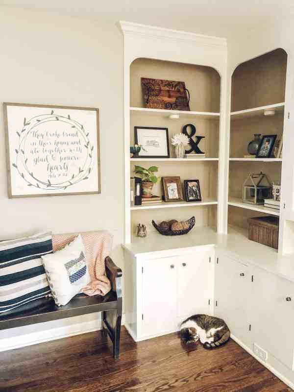 Farmhouse Bookshelf Styling