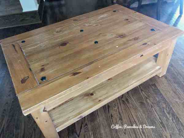 How to use chalk paint to paint a table
