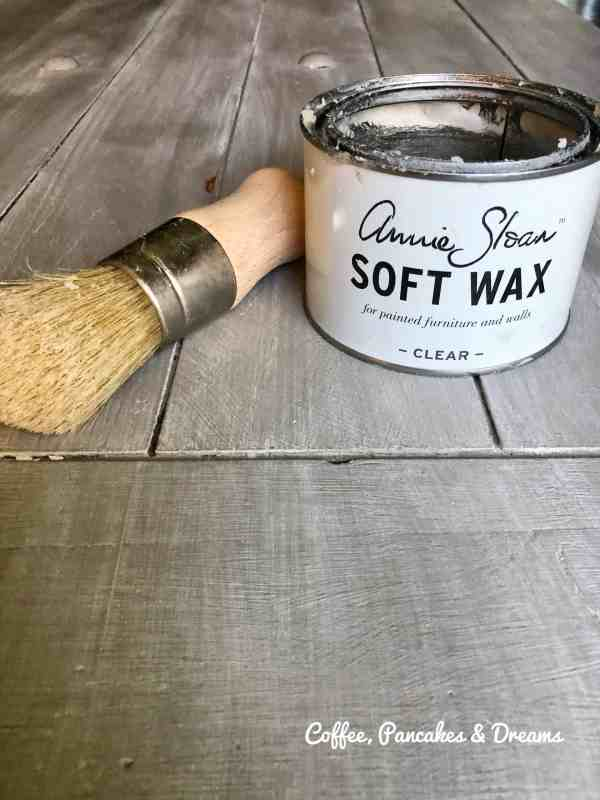 how to apply annie sloan wax
