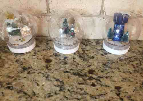 Dollar Tree Snow Globe Craft