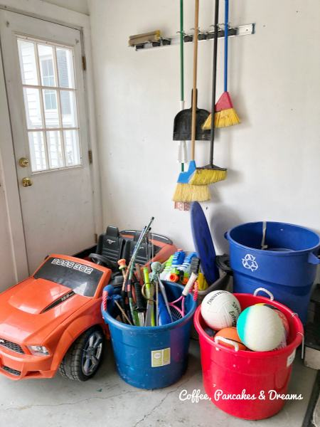 how to organize garage with kids