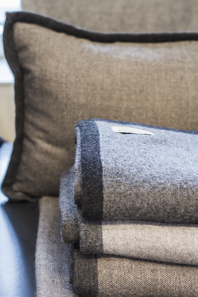 Balmuir alpaca throws showroom Helsinki Lauttasaari