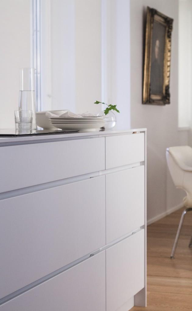id kuva Kitchen Kvik Mano, walls Farrow & Ball Strong White