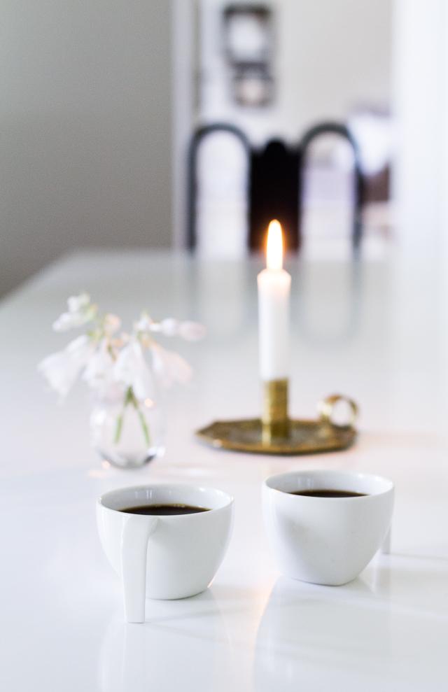 Coffee Table Diary antiikki kynttilänjalka