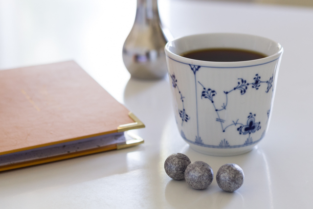 royal-copenhagen-muki-coffee-table-diary