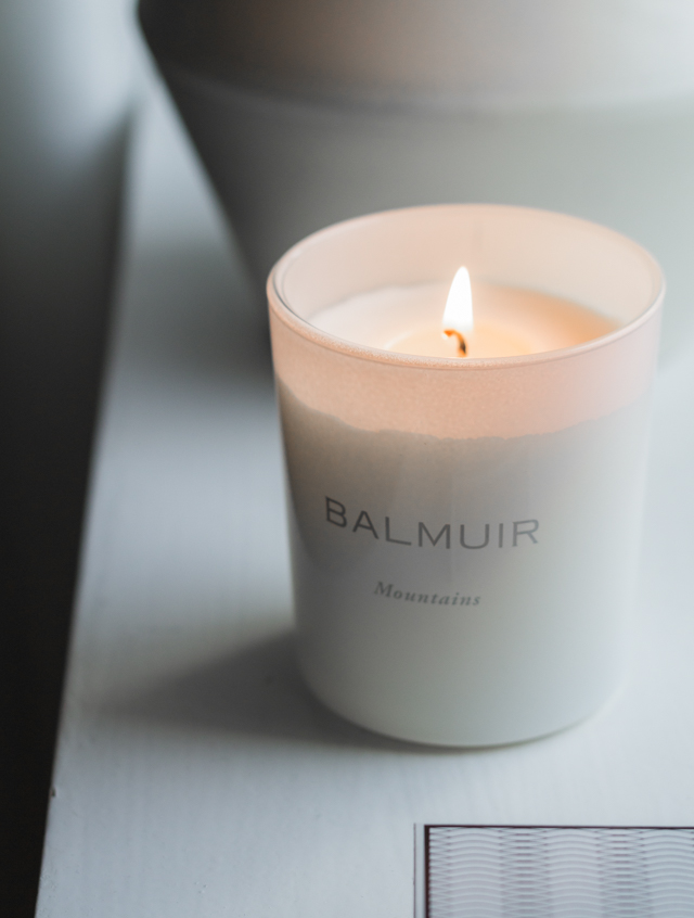 Balmuir scented candle by lassen Rimm-3