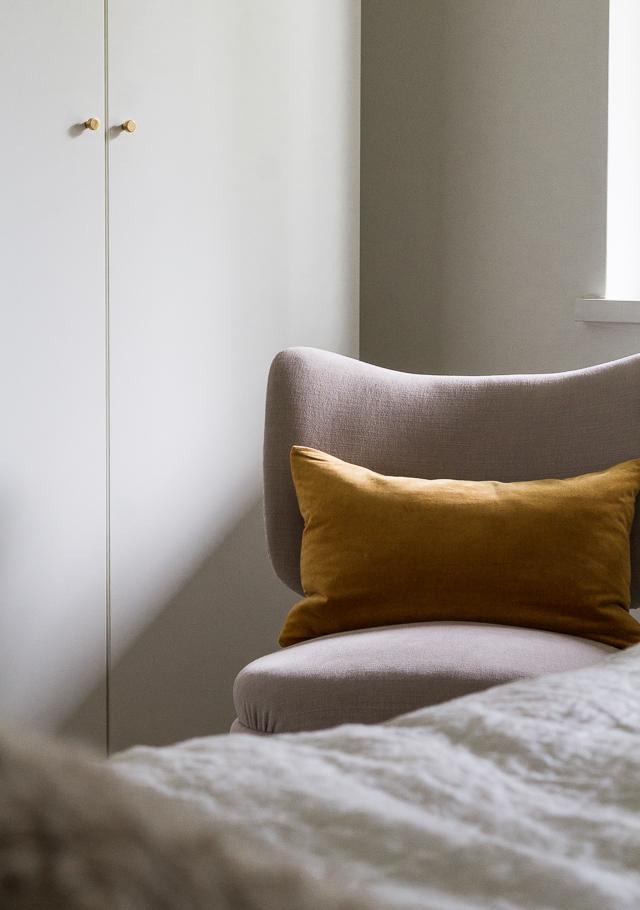 Tuolin verhoilu makuuhuoneen sisustus-6