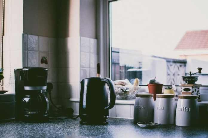 coffee maker with a grinder buying guide