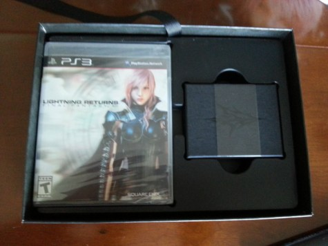 Lightning-Returns-Edition-Collector-US-unboxing-04