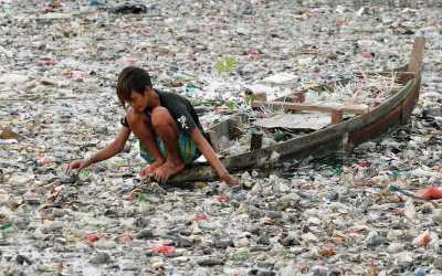 Plastisfera, la bestial isla de plástico que amenaza la vida marina