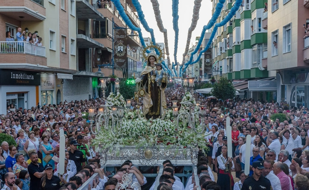 La procesión de la Virgen del Carmen de Torre del Mar, declarada Fiesta de Interés Turístico Andaluz