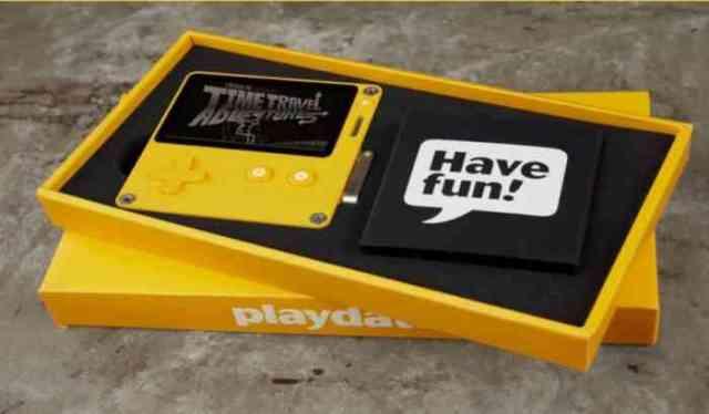 playdate packaging min 1