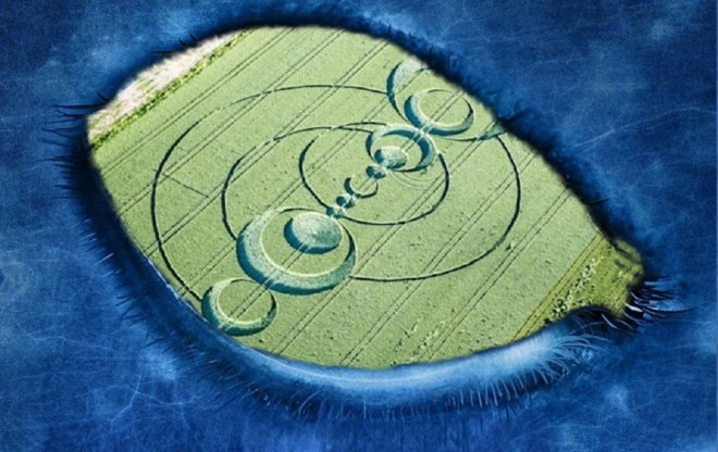 France, huge Crop circle appears from nowhere! Original article by Alessandro Brizzi.