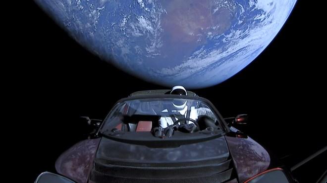 Alien signal, leave Earth.