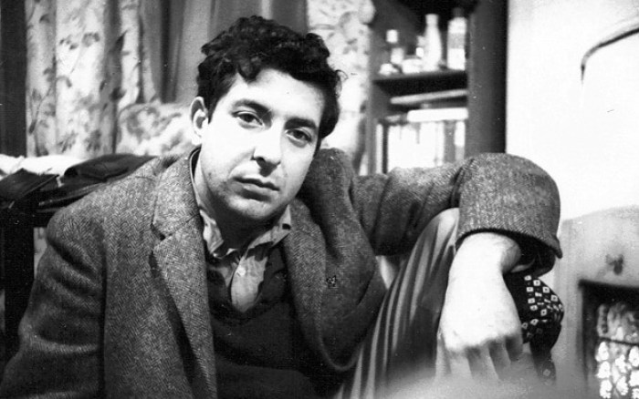 leonard_cohen_at_mrs_pullmans_boarding_house_in_hampstead_1960-scaled1000
