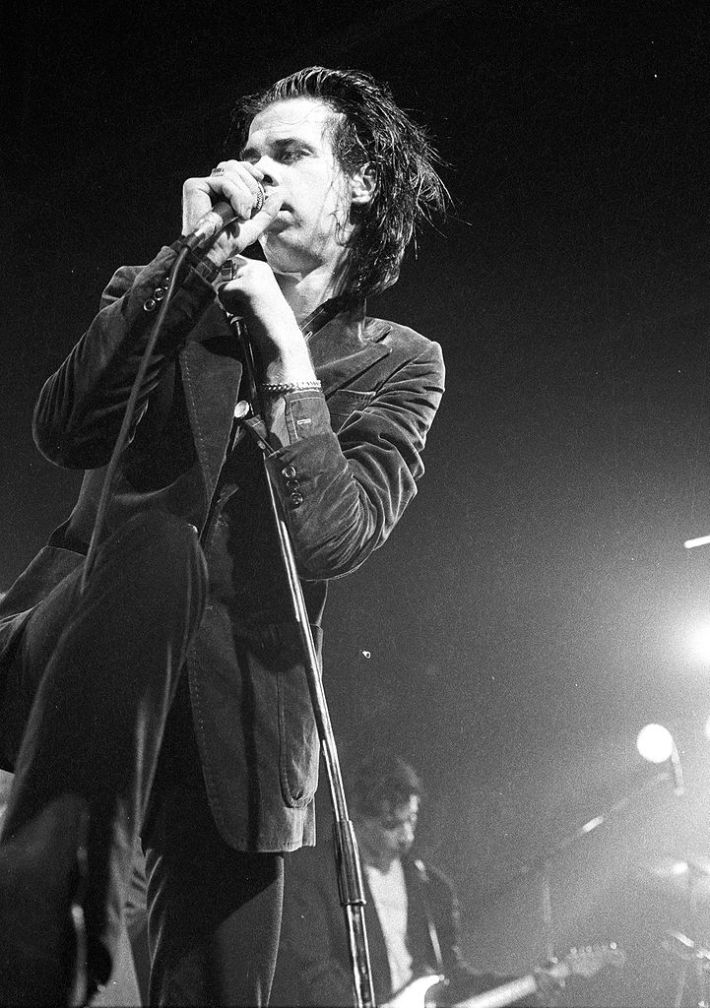 721px-Nick_Cave_1986