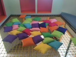 The pillow net reading corner