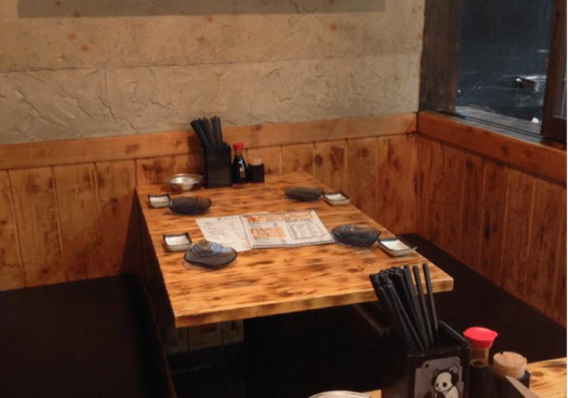 シジミ屋テーブル席