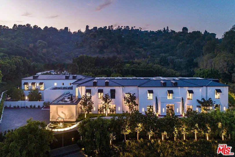 10701 Bellagio Rd, Los Angeles, CA 90077