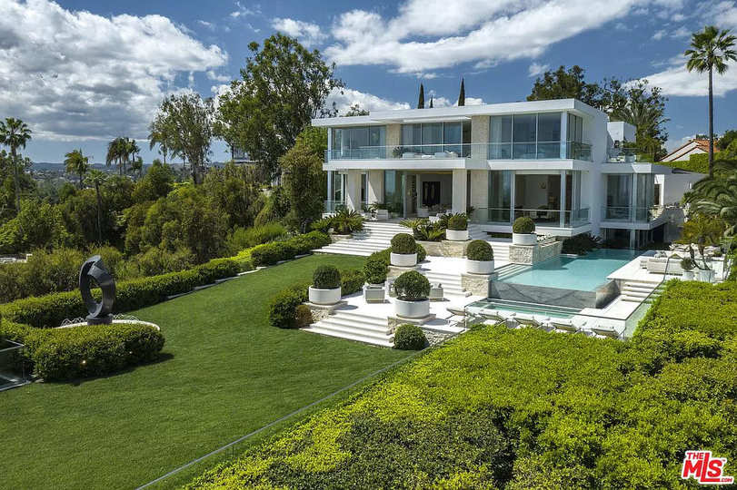 1500 Gilcrest Dr, Beverly Hills, CA 90210