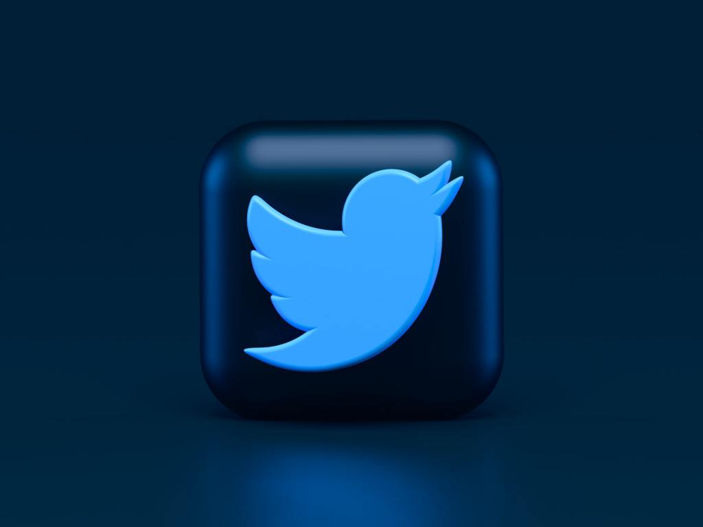 Twitter previews its verified NFT as profile photo feature