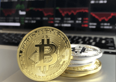 Bitcoin's bullish options strategy aims for $50,000 without the risk of liquidation