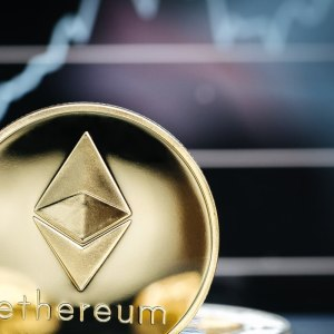 eth decouples from btc with use cases competition in focus