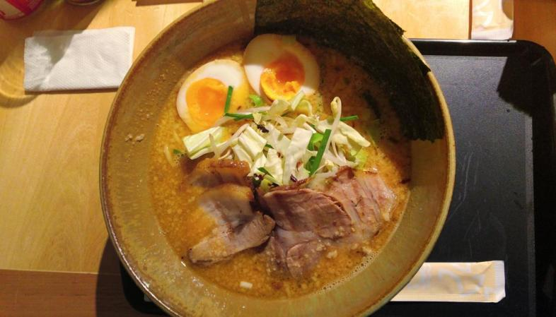 Jojo Ramen Miso: prato tradicional com carne de porco do JoJo Ramen