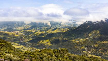 A região de São Bento do Sapucaí vista da Pedra do Bauzinho