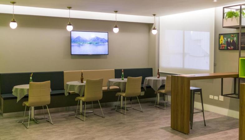 Hotel bom e barato em Curitiba - Ibis Styles Centro Cívico - Bar Piquenique aberto 24 horas