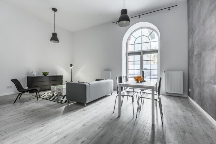 Natural Look Gray Wood Floor For Living and Dining Space