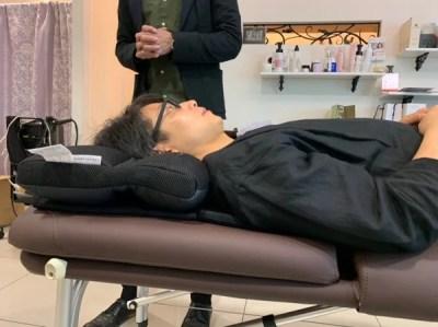 美容師が使いたいと思う骨格をメンテナンスする奇跡の気持ち良さの枕RESET (リセット)を体験して驚いた!