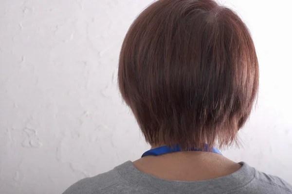 【大阪】白髪世代を若返させる方法