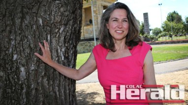 """Apollo Bay resident Naomi Halpern is committed to giving politics her """"best shot"""" as the Nick Xenophon Team's lead Senate candidate for Victoria."""